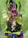 Fialovo-zelená kytica s orchideou