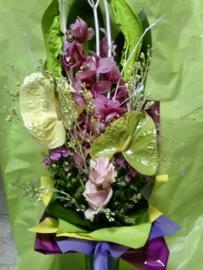Náhľad - Fialovo-zelená kytica s orchideou