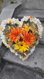 d1adccf81 Oranžové srdce na stojane - Kvety Iveta