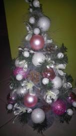 Náhľad - Romantický ružovo-biely Vianočný stromček