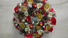 Náhľad - Vianočný veniec so sušenými pomarančamina zavesenie