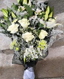 Náhľad - Smútočná živá kytica z ľalii,alstromérii a ruží