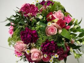 Náhľad - Kytica s ružovými ružami, karafiátmi a  alstromériami